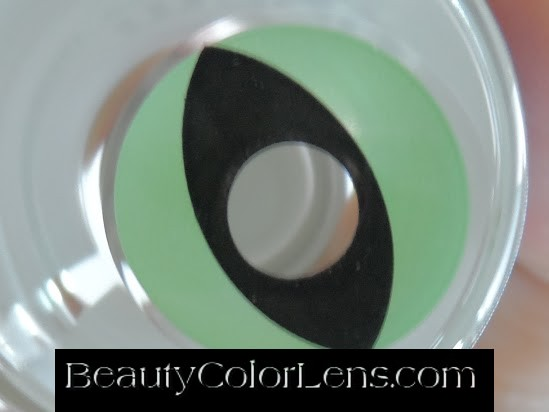 GEO SF-G05 CRAZY LENS GREEN CAT EYE CHESHIRE CAT ALICE IN WONDERLAND HALLOWEEN CONTACT LENS
